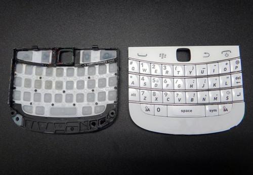Keypad + Bottom Cover for BlackBerry 9900/9930 -White