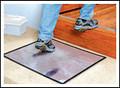 SURFACE SHIELDS Dirt Grabber Clean Step 30/Pack White Frame