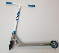Custom Stunt Scooter - Addict / Fasen / Blunt - White / Blue
