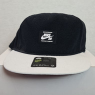 Nike SB Warmth True Hat - Black/White