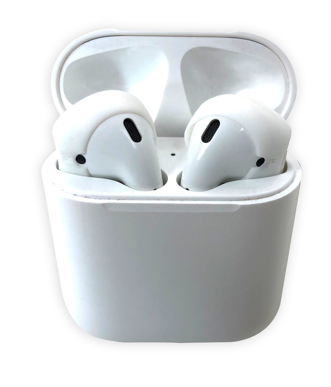 AERZ - AirPods & Apple Earbuds Skins | FOCUS (White)  * AERZ is a simple comfortable AirPod and Apple Earbud 2.0 solution that improves the sound quality and comfort of your Apple AirPods and Apple Earbud 2.0     * Soft high quality silicone cover skins improve the comfort of Apple AirPods and Apple Earbuds 2.0 allowing you to wear your AirPods or Earbuds for hours on end without discomfort     * AERZ dramatically improves the audio quality of Apple AirPods and Apple Earbuds 2.0 by air sealing AirPods and Earbuds to prevent the escape of sound waves; thereby dramatically improving audio quality * Ultra-thin but Durable: AERZ Don't make your AirPods or earbuds too big for your ear canals.  It's the soft silicone surface that seals the audio quality in and makes your AirPods and Earbuds ultra comfortable