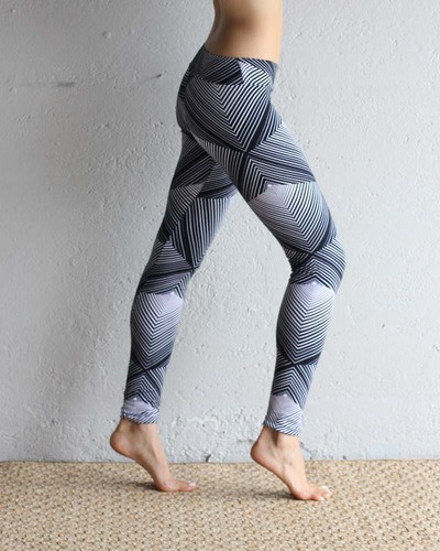 Pyramid Print leggings