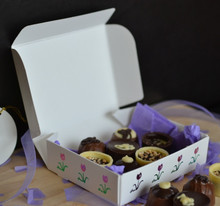 Tulip One-Piece Folding Candy Box