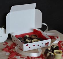 Heart Print One-Piece Folding Candy Box