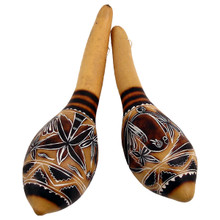 """Hand Carved Pair Gourd Maracas 7"""" Assorted Designs Natural"""