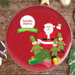 La Tradicion de Santa Personalized Christmas plate