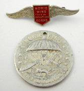 1930s Kelloggs Australian Howie Wing Aviation Club Badge and Token