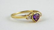 9ct Gold Heart Shaped Ring Set with Amethyst & Diamonds Size N 1/2