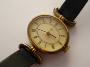 Vintage Retro Q&Q Ladies Swiss Wrist Watch