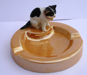 Unusual Ceramic  Ashtray with Black and White Cat Australia Pottery ?