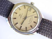1960s  Vintage Coronet 17 Jewel  Wrist Watch Swiss Made with Date