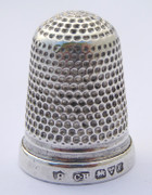 Antique 1910 Hallmarked Sterling Silver Sewing Thimble Silversmith Charles Horner 8