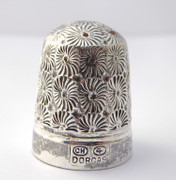 Antique Silver Thimble Dorcas  4 Charles Horner Plated  ?