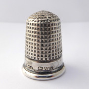 Antique 1915 Hallmarked Sterling Silver  Sewing Thimble Silversmith Charles Horner 10