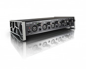 Tascam US-4x4 USB 2.0, 4-ln/4-Out Audio/MIDI Interface