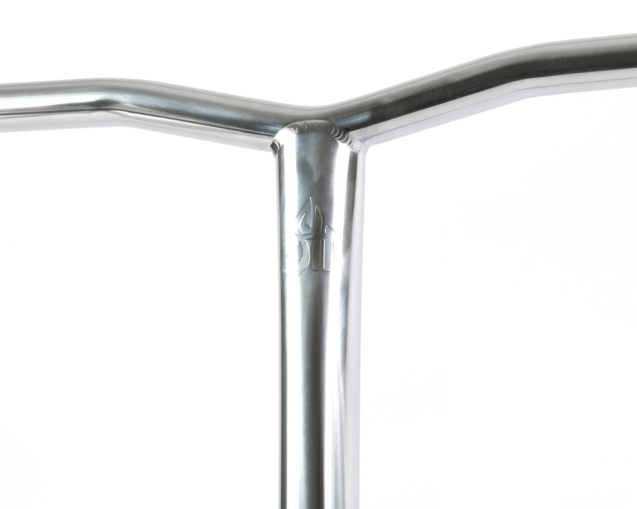 Scooter-Hut-Titanium-Bar-Model-S-560mm-Oversize-Pro-Scooter-Bars