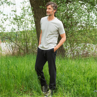 Calvin Sweatpants in Black - Living Crafts