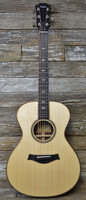 Taylor 712 Grand Concert - With Case