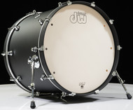 DW Design Series 18X22 Bass Drum Black Satin