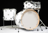 DW Design Series Drum Set 5pc - Gloss White 22/10/12/16/14SD