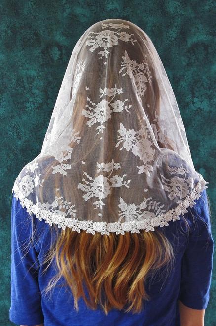 White Rosebud Chantilly Lace Mantilla