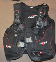 Like New - Seaquest I3 Pro BC - Weight Integrated - XL