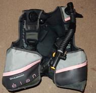 Used US Divers Elan - Womans Medium