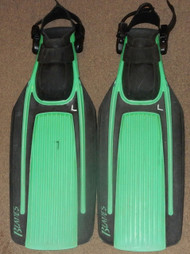 Used Aqua Lung Blades Fins - Green - Large