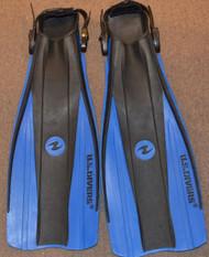 Used US Divers Fins - Medium