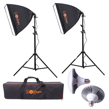 This image shows the full kit, with softboxes set-up and the light bulbs and carry bag on display.