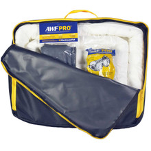 Portable Spill Kit Oil Only : 35 Piece Kit Containing 25 Sorbent Pads, 3 Sorbent Socks, 5 Disposal Bags,1 Pair of Goggles & Chemical Gloves. Packed in a Heavy Duty, Reusable Nylon Bag