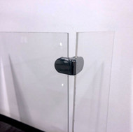 U-shaped-barrier-to-protect-employees-and-customers-from-3-sides-close-up