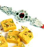 soan-papdi-with-rakhi.png