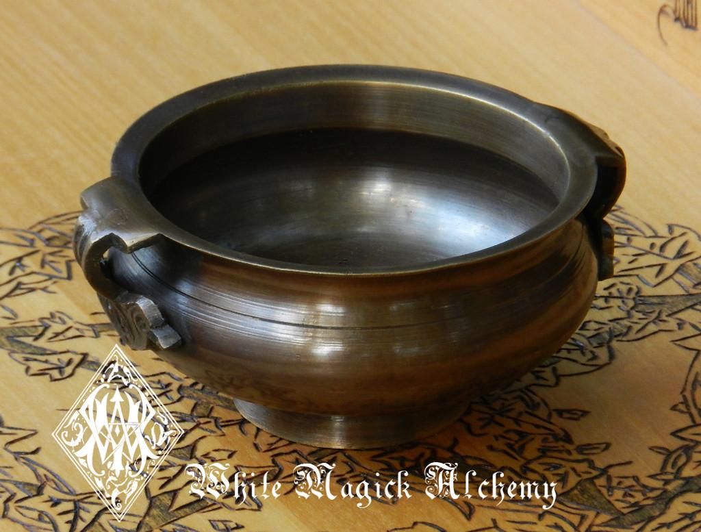 """Bronze Age Cauldron Offering Bowl Pot Large 5"""". For Incense, Resins, Sage"""