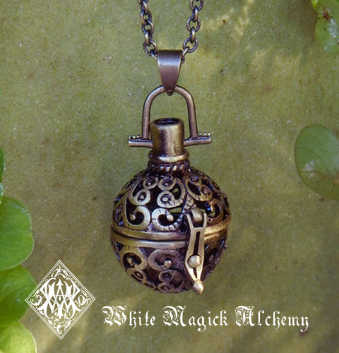 Medieval Amber Resin Pendant Locket Necklace in Silver