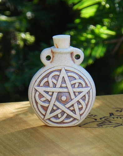 *Pentacle Pentagram Ceramic Bottle Natural . Spell Oils, Diffuser, Ashes, Pendant