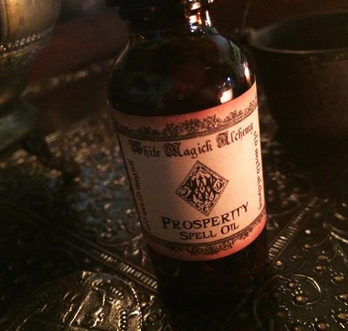 PROSPERITY Spell Oil . Old World Alchemy . Money, Abundance, Business, Success
