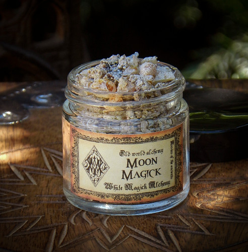 MOON MAGICK Resins of the Ancients