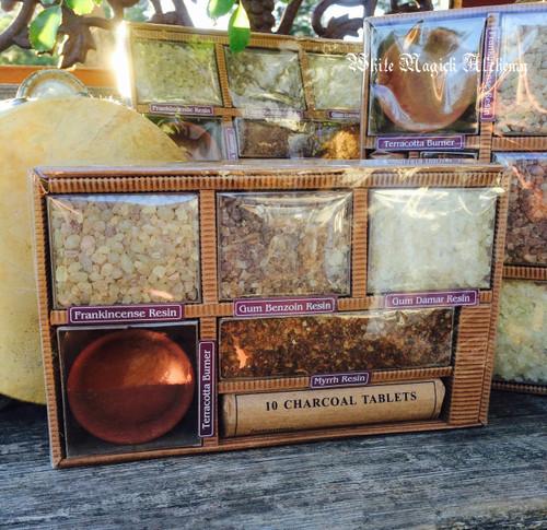 Sacred Trees Resin Incense Set with Frankincense, Benzoin, Damar & Myrrh, Burning Vessel & Charcoal Disks