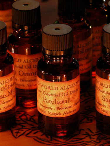 Patchouli Essential Oil . White Magick Alchemy Pure Essential Dilute . Love, Spirit Workings, Meditation, Balance, Calming