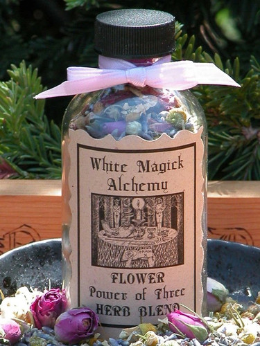 Flower Power of Three Blend . Organic Chamomile, Lavender and Roses . Prosperity, Passion, Love, Healing, Protection, Intuition, Dreamworks