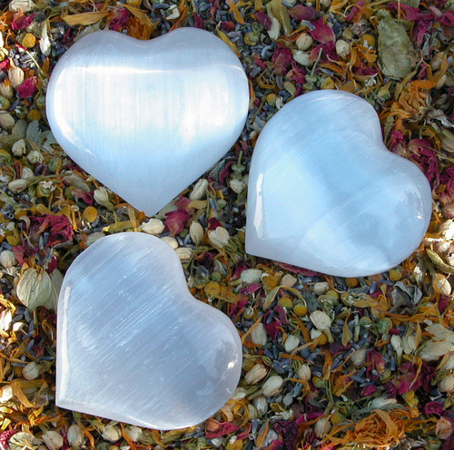 "Selenite Crystal Gemstone Heart Large 3"" . Clarity, Intuition, Spirit Guides, Angels, Mental Focus and Dispelling Blockages, Fertility"
