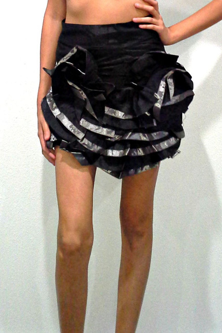 100% Cotton. Ruffled, Black & Pewter Skirt with Zipper.
