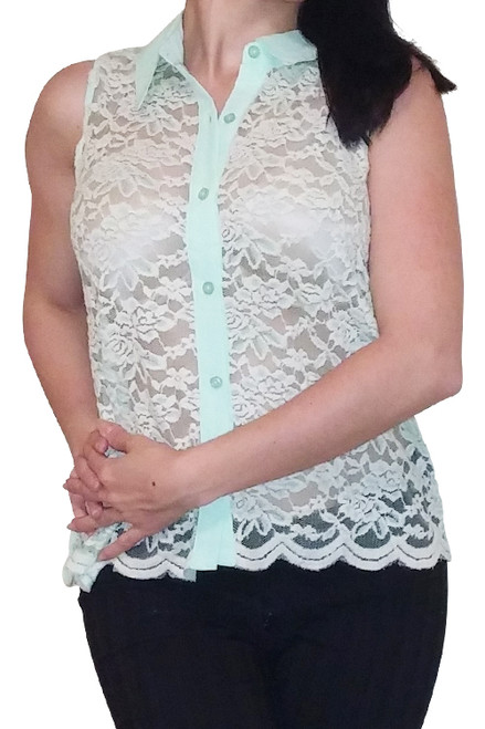Button Down Top with Lace Front! Mint.