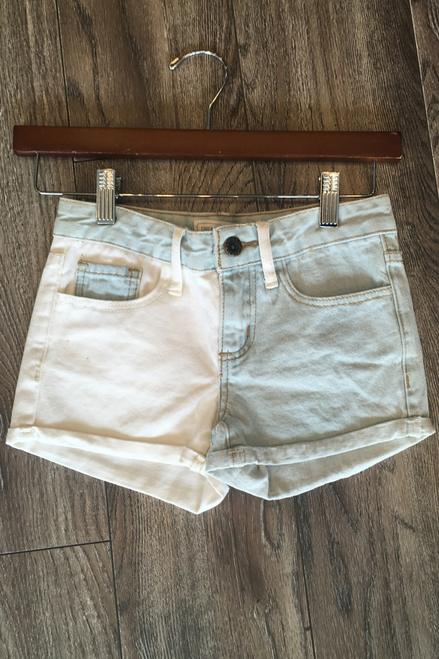 KIDS / GIRLS Denim Shorts from Major Name Brand! Blue / White.