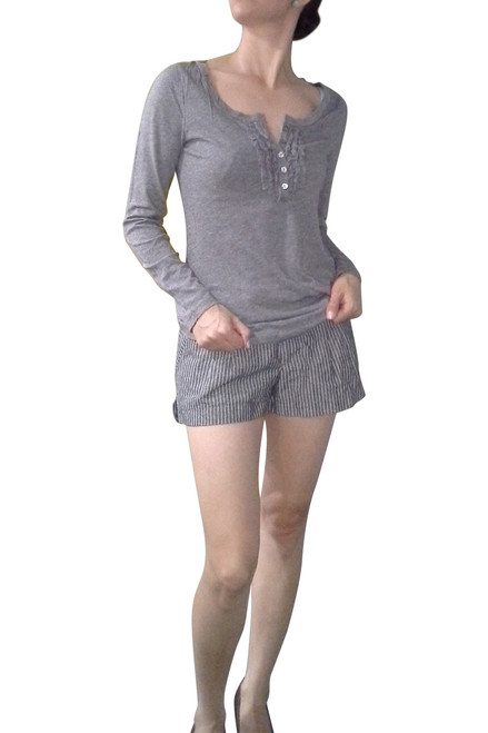 MAJOR BRAND COTTON & RAYON TOP WITH RUFFLE AND BUTTONS! SOLID GREY.  MAJOR NAME BRAND.