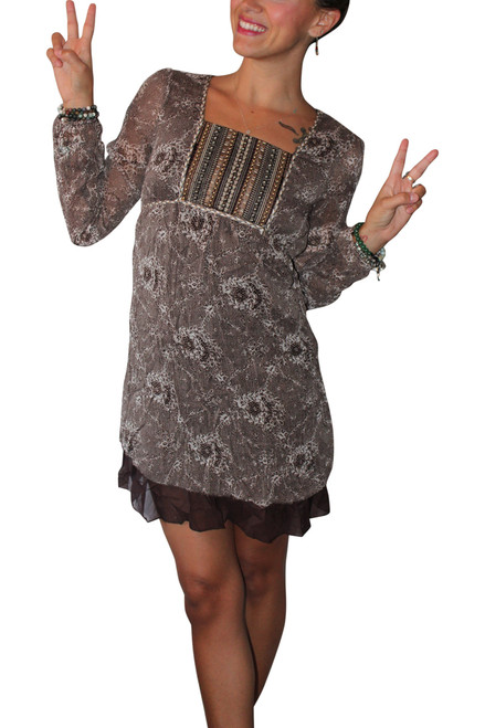 Long Sleeve Boho-Chic Peasant Dress with Lace Peplum and Fabric Belt! Brown.