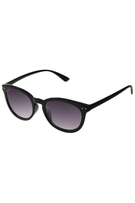 UV400 PROTECTION! THESE HIGH QUALITY SUNGLASSES ARE CLASSIC RAY BANS STYLE! BLACK.