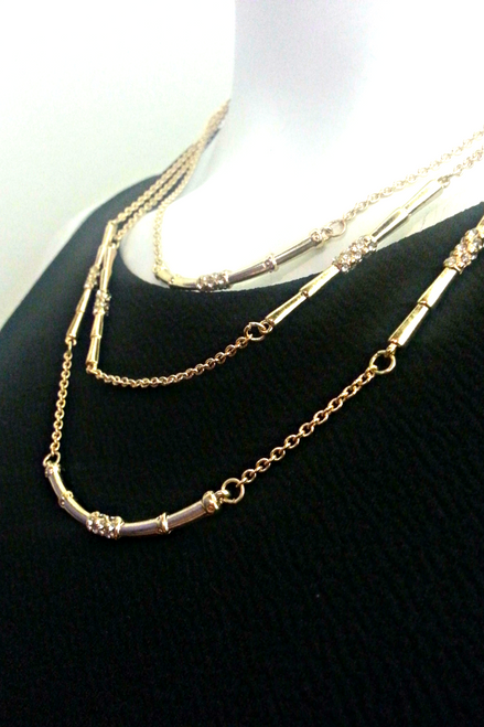 3-Layer Chain Necklace. Color: Gold.