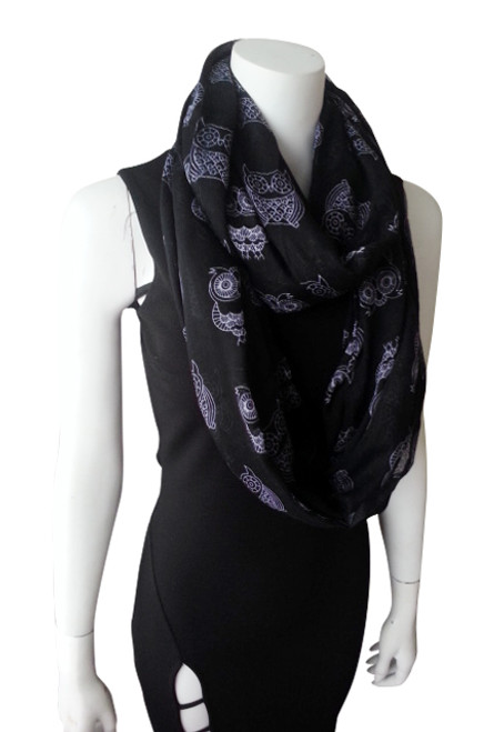 OWL PRINT INFINITY SCARF IS CLASSY & SOPHISTICATED! BLACK.